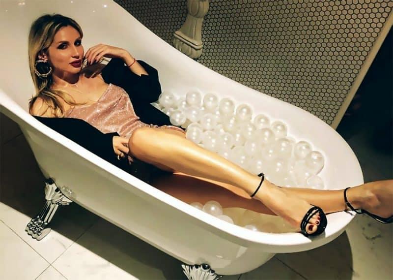 Скандал из-за ванны устроила Лобода на вручении «Золотого граммофона»
