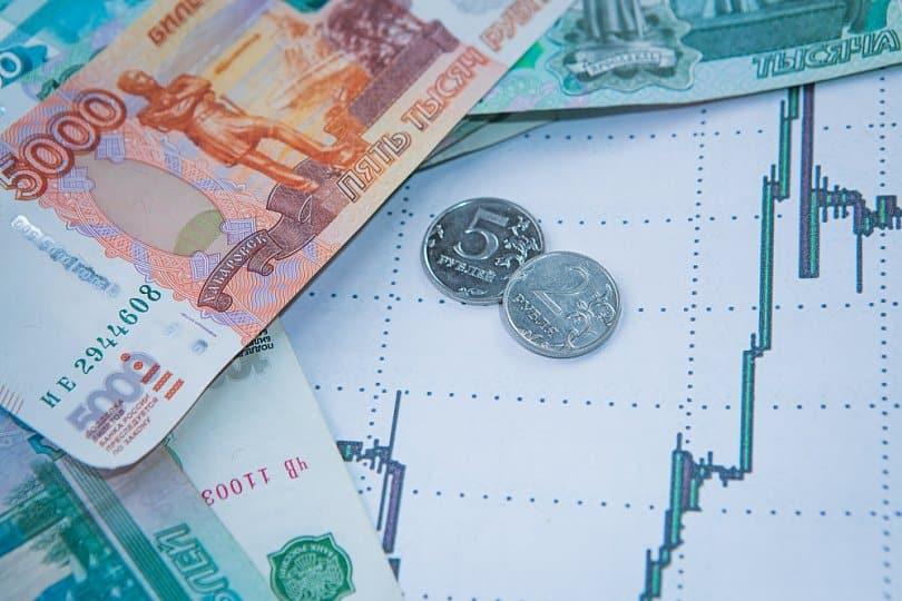 МРОТ в России с 2021 года будет выше прожиточного минимума