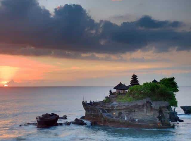 Остров Бали откроется для туристов из России до Нового года