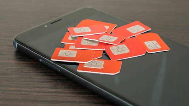В Москве мошенники раздают бесплатные сим-карты для кражи данных с телефона