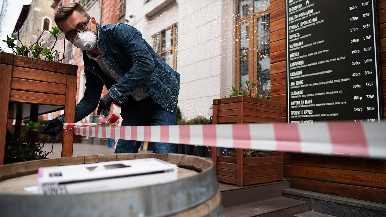 НДС для ресторанов могут снизить или отменить в России