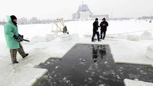 В Екатеринбурге готовят места для купания на Крещение в 2021 году