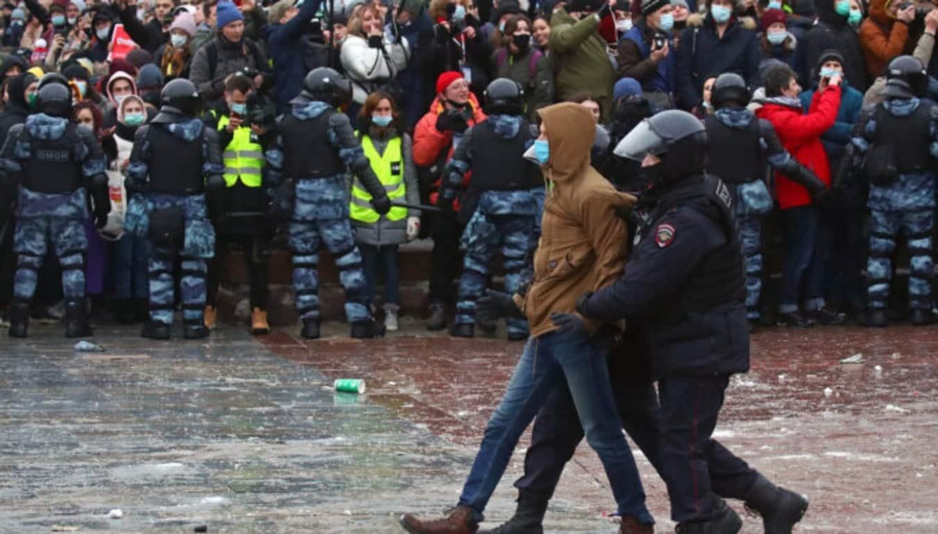 Правила проведения митингов могут изменить в России уже в этом году