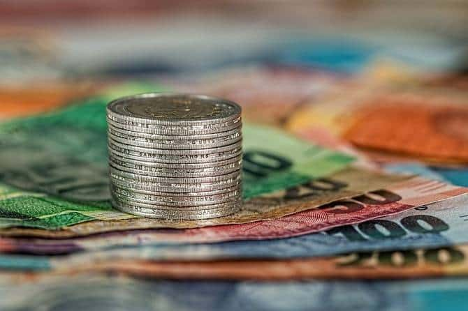 Хранить сбережения в 2021 году эксперты предлагают в нескольких валютах