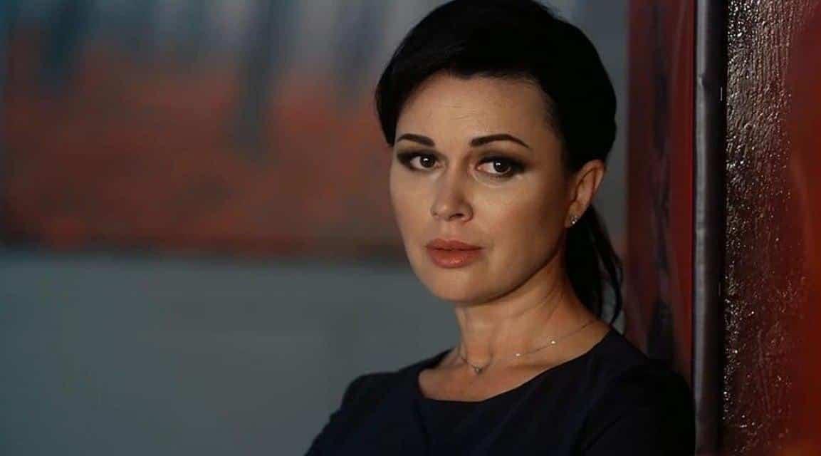 Состояние здоровья мамы прокомментировала дочь Анастасии Заворотнюк