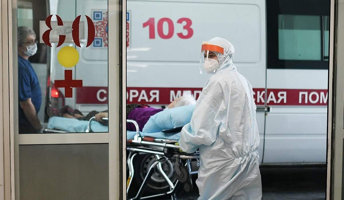 В России снижается уровень заболеваемости коронавирусом