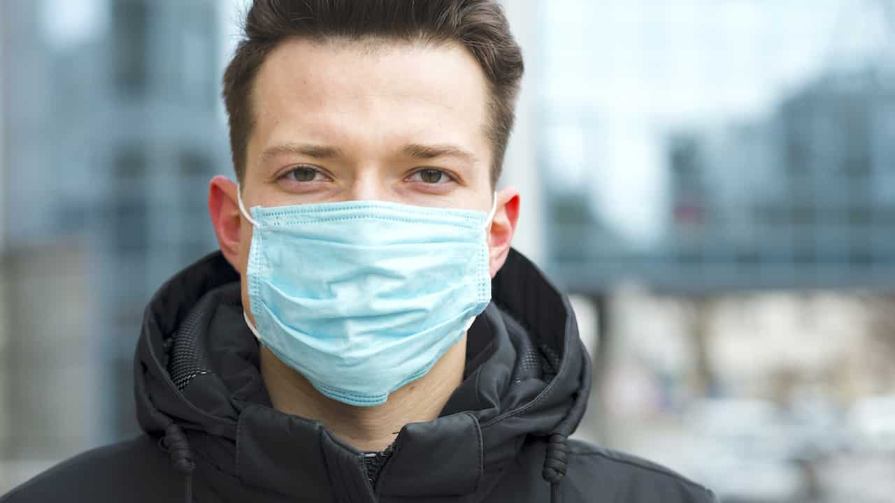 Зачем носить маску тем кто прошел вакцинацию от коронавируса рассказали медики