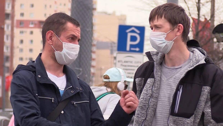 После вакцинации от коронавируса человек может оставаться заразным, предупредили медики