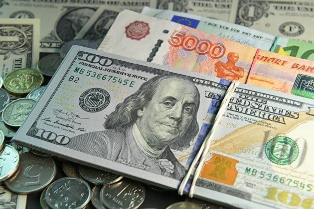 Как на курс рубля влияют санкции: что будет с рублем в 2021 году