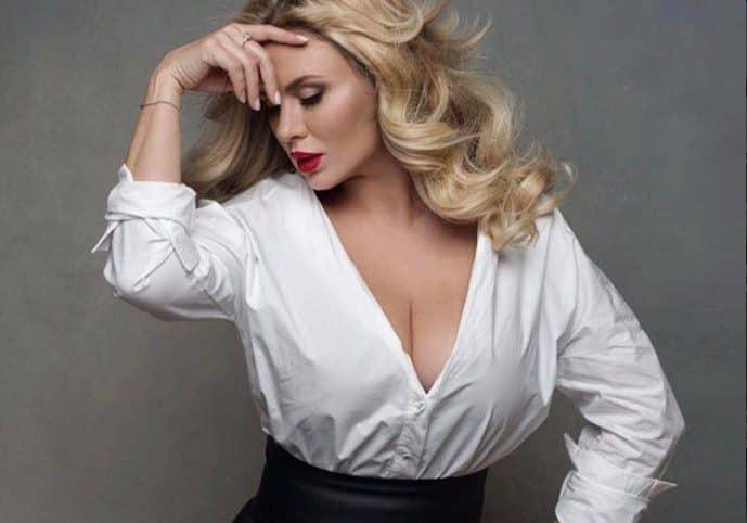 Анне Семенович предложили отрезать грудь