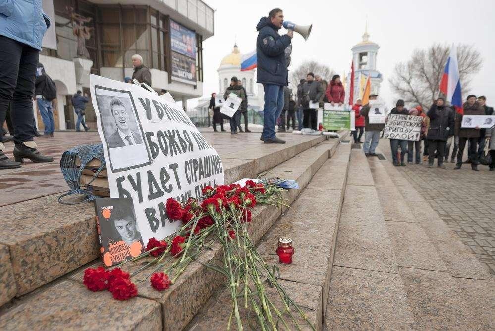 Результатами журналистского расследования убийства Немцова поделились СМИ