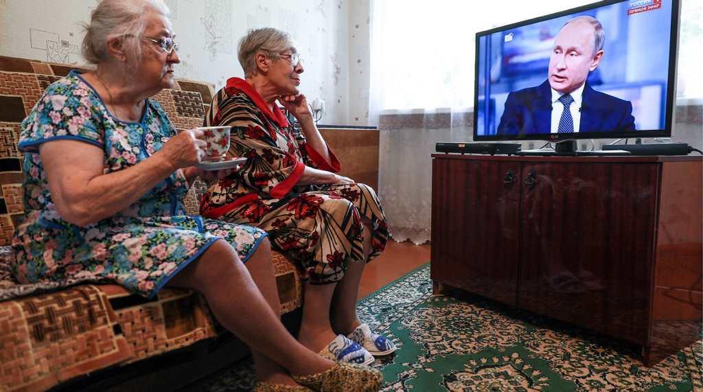 Закон о сохранении пенсии работающим пенсионерам внесли на рассмотрение в Госдуме